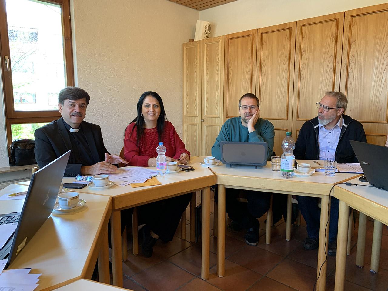 Samir Esaid und Sabah Zurikat informieren im FII Vorstand über Aktuelles an der AES